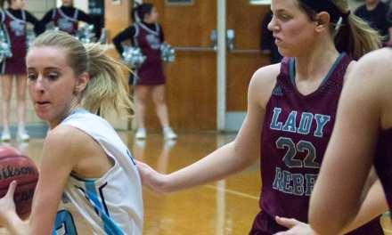 Lady Bulldogs upset South Greene, Bulldogs roll