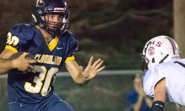 Cloudland rolls past Unaka