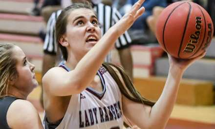 Lady Rangers cruise past UH to advance
