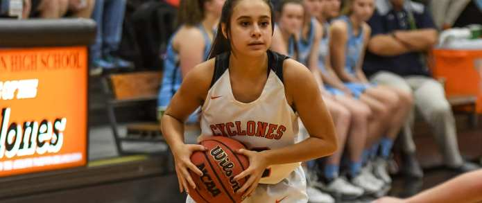 Tuesday Round-Up: Lady Cyclones, Cyclones take Three Rivers Wins; Warriors fall to East