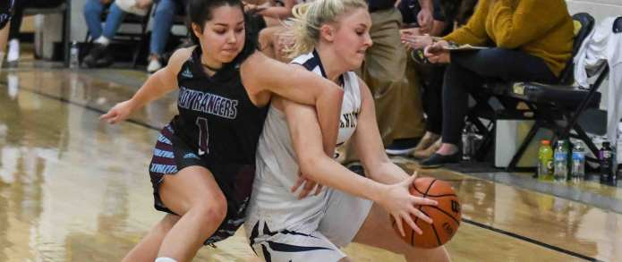 Lady 'Landers Outlast Unaka For Emotional District 1-A Semifinal Win