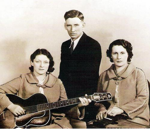 The Carter Family // Maybelle Addington Carter // Mother of June Carter Cash // Shaking Your Family Tree Blog