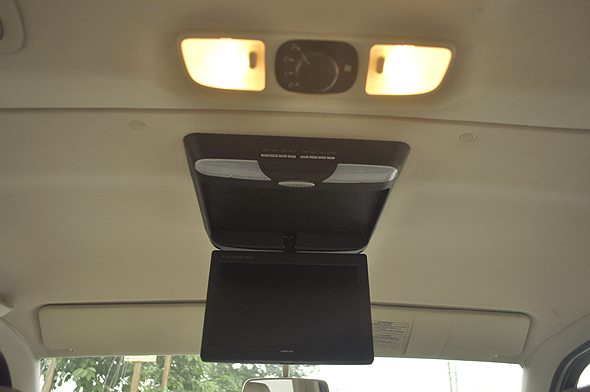 10 ford endeavour roof ac photo