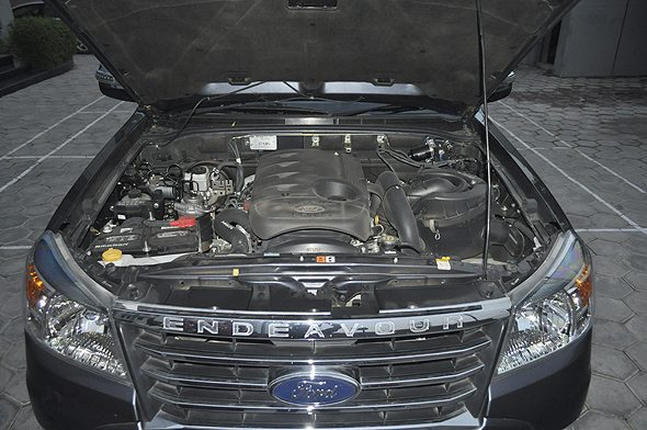 7 ford endeavour engine photo