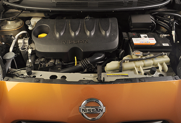 nisan micra engine photo
