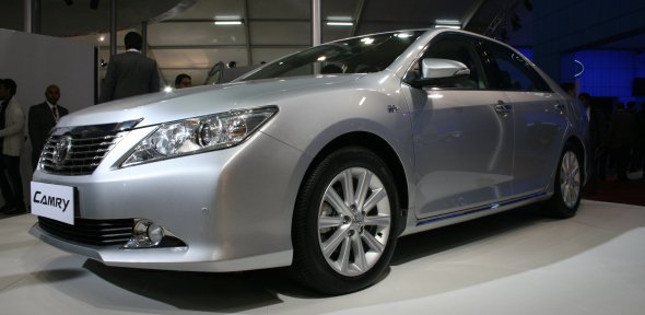 new toyota camry photo 3