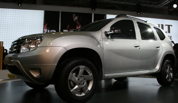 renault duster launch photo