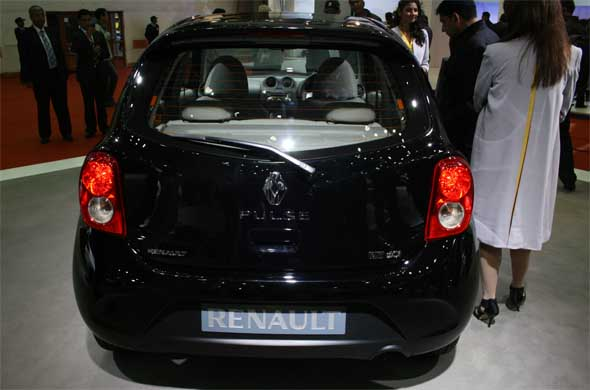 renault pulse rear