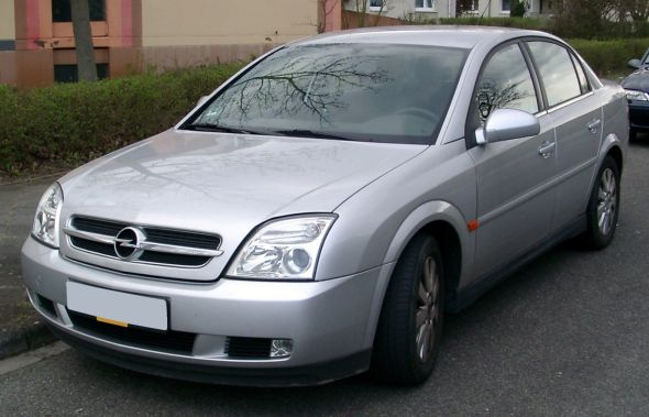 opel vectra india photo