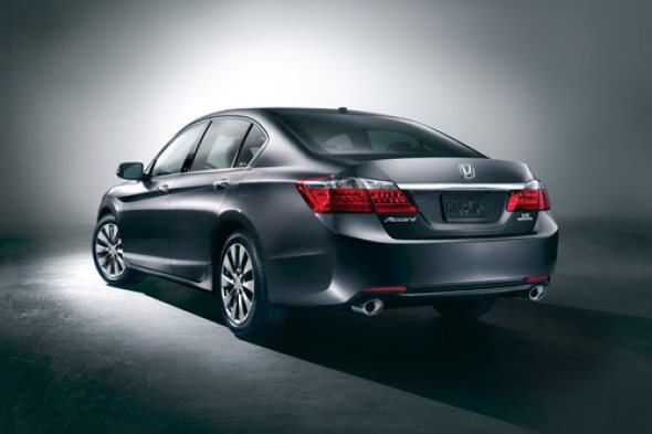 2013_honda_accord_sedan_touring_r34-jpg