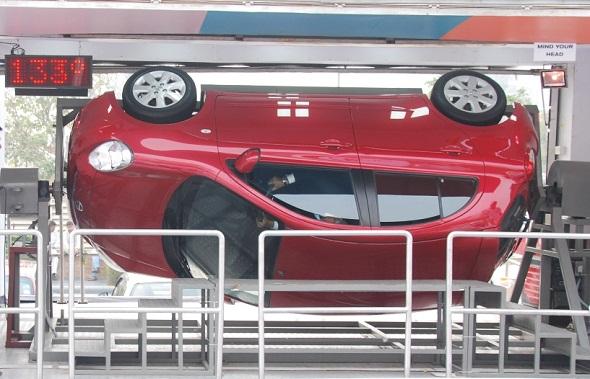 Nissan Micra roll-over simulator