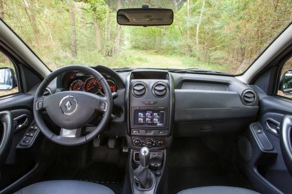 International-spec Renault Duster Facelift SUV Picture