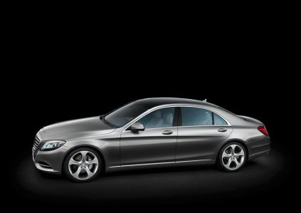 2014 Mercedes Benz S-Class Luxury Saloon 2