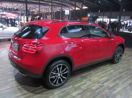 Mercedes Benz GLA Crossover 1