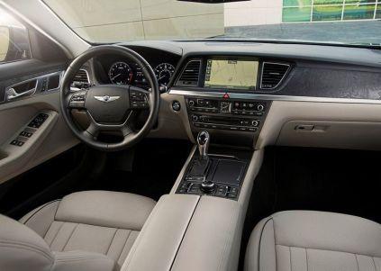 2015 Hyundai Genesis Luxury Sedan 3