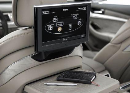 2014 Audi A8L Luxury Saloon 9