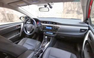 2014 Toyota Corolla Altis 5