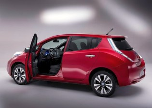 2014 Nissan Leaf Electric Car 1