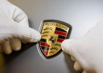 2015 Porsche Macan Crossover 2