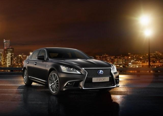 Lexus LS Luxury Sedan Picture