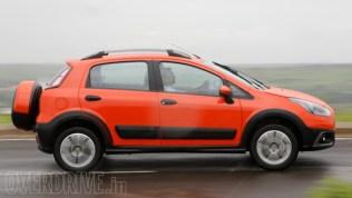 2015 Fiat Avventura Crossover 12
