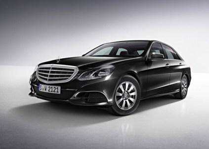 2014 Mercedes Benz E-Class Luxury Saloon 1