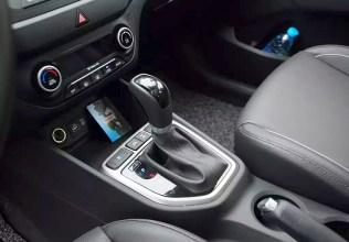 2015 Hyundai iX25 Compact SUV 8