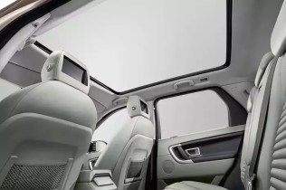 2015 Range Rover Discovery Sport SUV 10