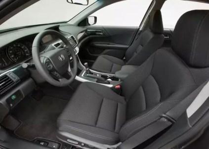 9th Generation Honda Accord Luxury Sedan 6