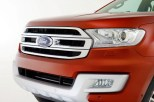 2015 Ford Endeavour SUV 19