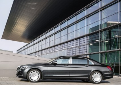 2015 Mercedes-Maybach W222 S-Class Ultra Luxury Saloon 1