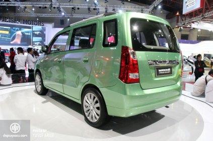 Suzuki WagonR Three Rows Concept 2