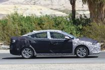 2016 Hyundai Elantra Sedan Spyshot 2