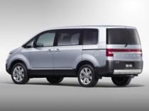 Mitsubishi Delica MPV Rear