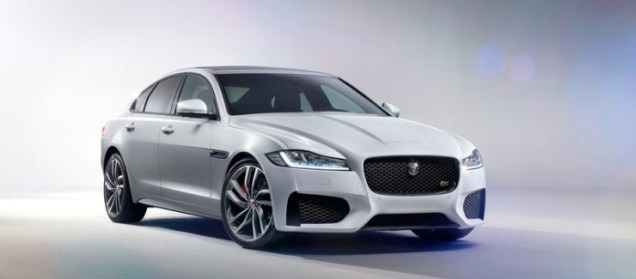 2016 Jaguar XF Luxury Saloon 1