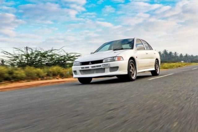 Mitsubishi Lancer V6 1
