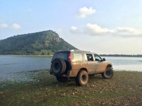 Vishnu Rajam's Ford Endeavour Off Road Custom 6