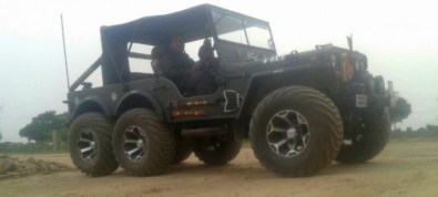 Willy's 6X6 Jeep 3