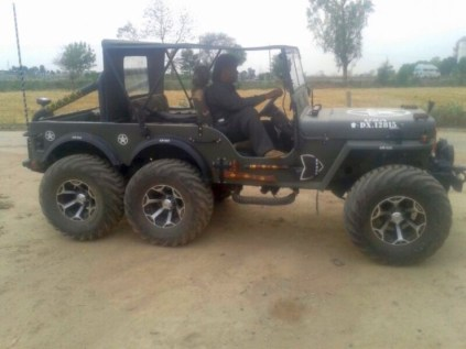 Willy's 6X6 Jeep 4