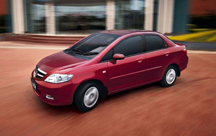Five Luxurious Automatic Cars Going Cheap In The Pre Owned Segment