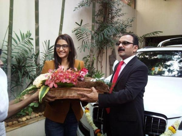 Sonam Kapoor with her Audi Q7 Luxury SUV