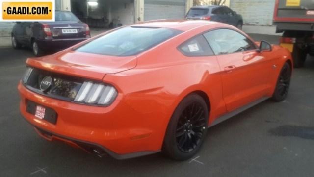 Ford Mustang GT Spyshot 3