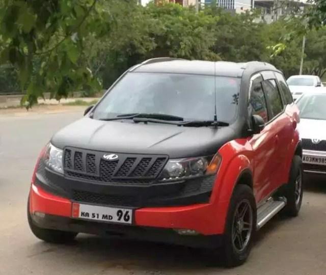 Mahindra XUV500 Wrap 1