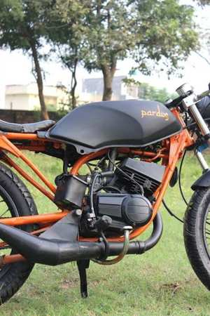 Iron Soul Machines' Pardus Yamaha RX135 Cafe Racer Custom 3