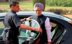 Manmohan Singh in his BMW 3