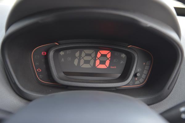 Renault Kwid 13