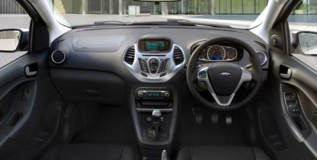 2015 Ford Figo Hatchback 11