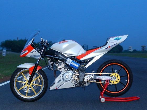 Race Concepts Yamaha R15