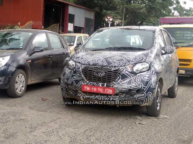 Datsun-redi-Go-front-production-version-caught-testing