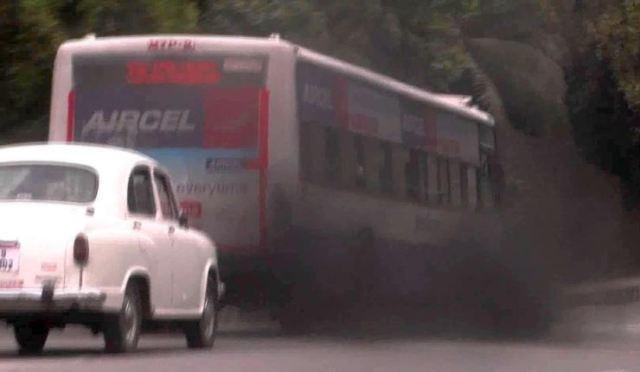 Delhi Bus Polluting